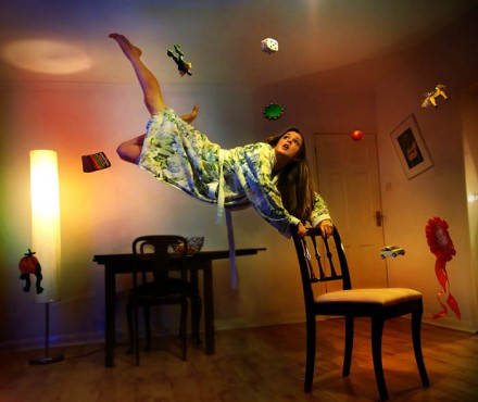 Miss Aniela Levitation (3)