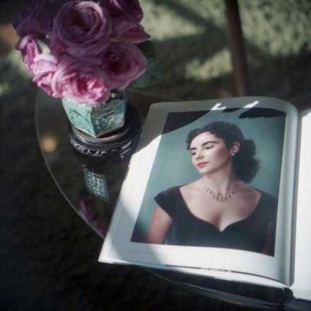 Liz e le rose© Aline Smithson